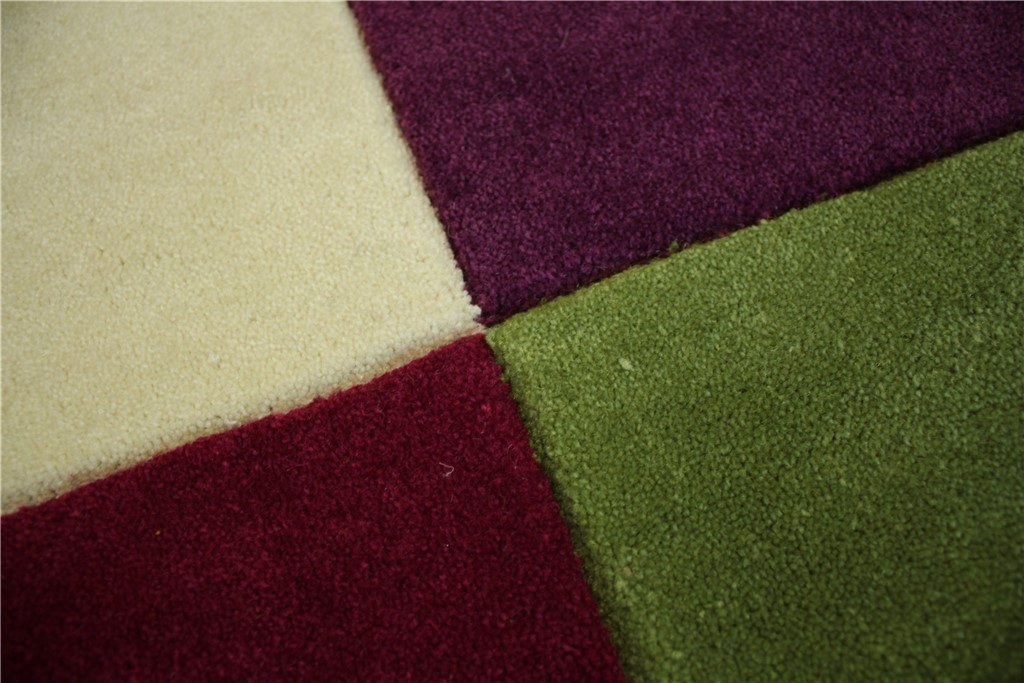 designer teppich handtuft 140x200 cm 100 acryl rot lila. Black Bedroom Furniture Sets. Home Design Ideas