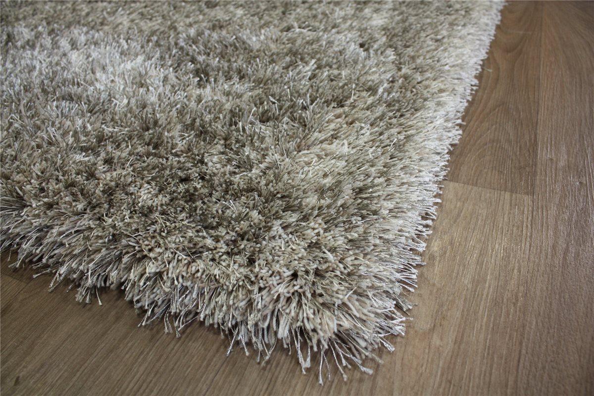 hochwertiger teppich shaggy langflor hochflor 140x200. Black Bedroom Furniture Sets. Home Design Ideas