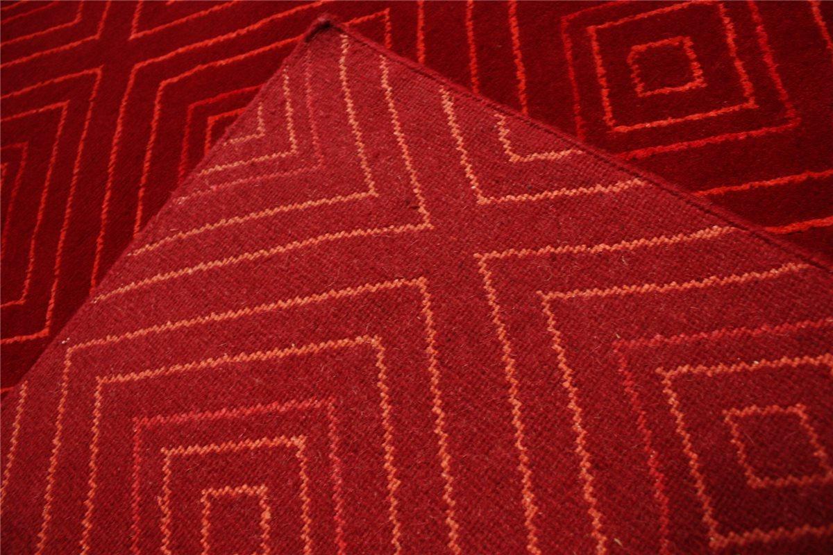 Tapis d39origine nepal tibet tres bien avec soie 170x240 for Tapis rouge avec canapé 145 cm